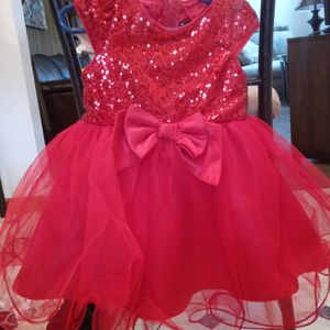 Christmas Gown 2T for Sale in Glassport, PA