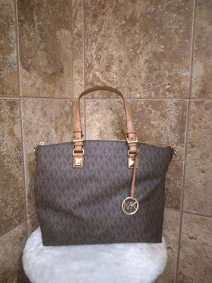 MK BAG PERFECT VDAY GIFT for Sale in Memphis, TN