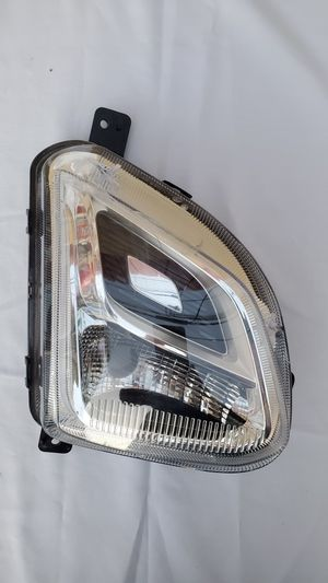 2018 2019 2020 CHEVROLET CHEVY EQUINOX FOG LIGHT OEM RIGHT PASSENGER SIDE for Sale in Lawndale, CA