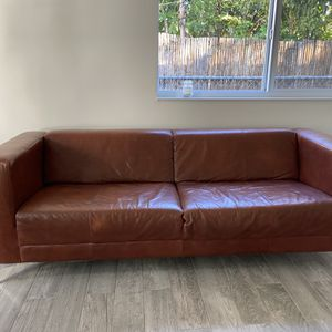 EQ3 Couch for Sale in Miami, FL