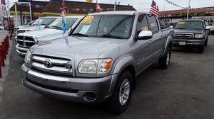 2006 Toyota Tundra Crew Cab Credito Facil for Sale in Los Angeles, CA