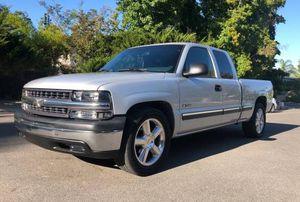 2001 Chevy Silverado low miles for Sale in Glendale, AZ