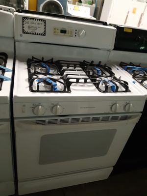 Ge gas stove works perfectly for Sale in Baltimore, MD