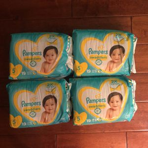 76 Pampers Swaddlers Diapers Size 5 (27+ lbs) for Sale in Scottsdale, AZ