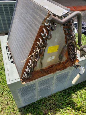 Partes para aire acondicionado todo o x piezas for Sale in Pharr, TX