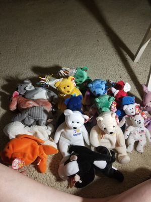 20 beanie babies for Sale in Fresno, CA