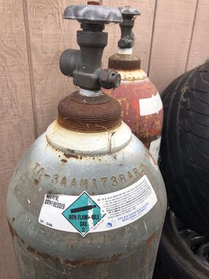Helium tank cylinder for Sale in Oakland, CA