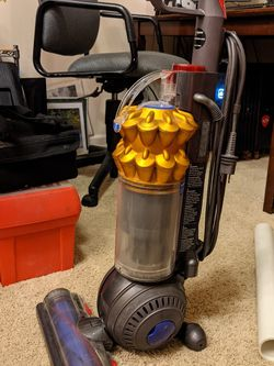 Dyson DC50 Vacuum for Sale in Everett,  WA