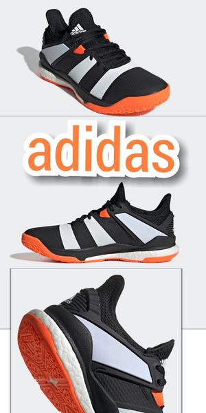 Adidas •*° SIZE 9 for Sale in Las Vegas, NV