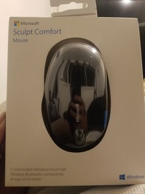 New Microsoft sculpt comfort mouse for Sale in Miami, FL