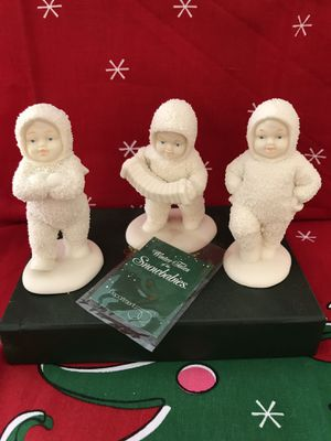 Snowbabies Dancing to a Tune Set of 3 for Sale in Loveland, OH