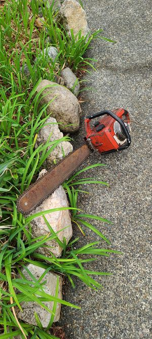 Homelite Vintage 20 inch Chain saw for Sale in Bonney Lake, WA