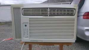 Frigidaire air conditioner 6500 BTUs great condition very reliable cold air energy saver ready to use delivery as possible for Sale in Philadelphia, PA