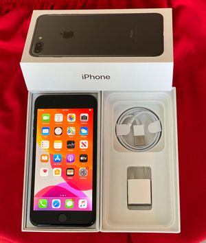 iPhone 7+ factory unlocked 128GB black battery health 100 % for Sale in Glenview, IL