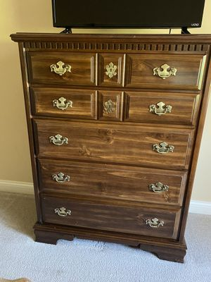 Dresser for Sale in Westerville, OH