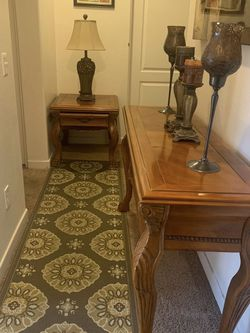 COLLECTION 2-PC LIVING ROOM TABLE WOOD WITH TABLE SOFA END TABLE EXCELLENT CONDITION for Sale in Ontario,  CA