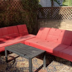 Outdoor couches and coffee/side tables $175 OBO for Sale in Los Angeles, CA