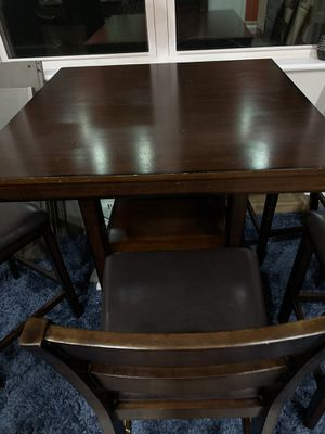 Table for Sale in Eagle Lake, FL