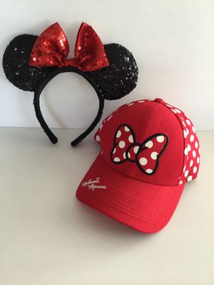 Disney Minnie Mouse Glitter Ears and Minnie Autographed Baseball Cap for Sale in Horseshoe Beach, FL