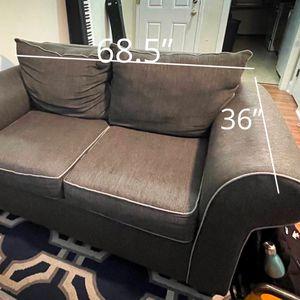 Love Seat Sofa - FREE DELIVERY for Sale in Woodbridge, VA