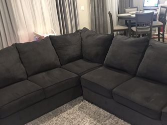 Sectional Couch for Sale in Marysville,  WA