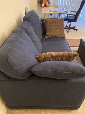 LazBoy Kennedy Sofa for Sale in Bethesda, MD