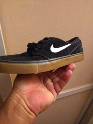Nike youth 5.5 for Sale in Baldwin Park, CA