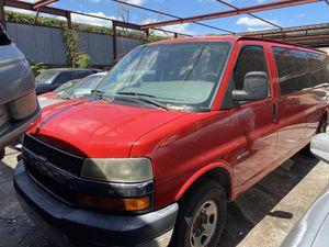 2006 Chevy 3500 express 18 passenger van for Sale in Orlando, FL