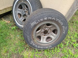 Jeep wheels free for Sale in Houston, TX