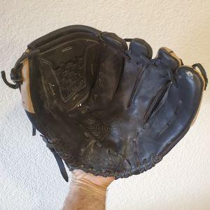 DeMARINI Diablo Softball Glove for Sale in Mesa, AZ