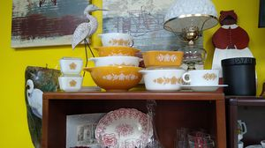 Vintage Pyrex Butterfly Gold Group for Sale in Virginia Beach, VA