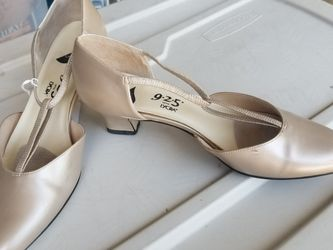 Small Heeled Pump for Sale in Port St. Lucie,  FL
