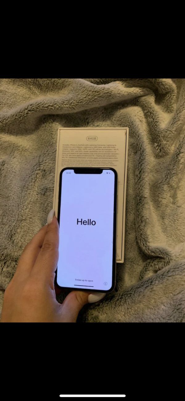 MINT CONDITION iPhone X