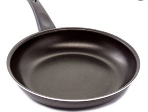"2pans bundle Master Cuisine Gray 12"" Non-Stick Ceramic Frying Pan for Sale in West Hollywood, CA"