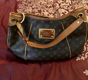 Vintage Louis Vuitton galleria PM canvas Brown shoulder bag for Sale in Lawrenceville, GA