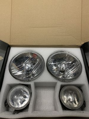 2017 Jeep Wrangler JK - Original Headlights and Fog Lights for Sale in Miami, FL