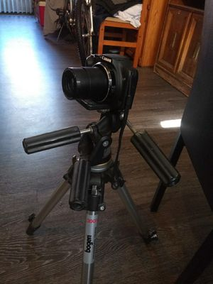 Bogen professional tripod 3001 for Sale in Phoenix, AZ