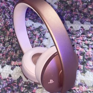 PlayStation Gold Wireless Headset (rose gold) for Sale in Boston, MA