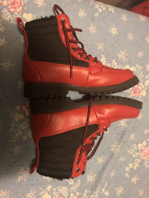 PHAT FARM boots or trade for ps4 console for Sale in Norridge, IL