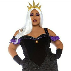 SULTRY SEA WITCH COSTUME PLUS SIZE for Sale in Corona, CA