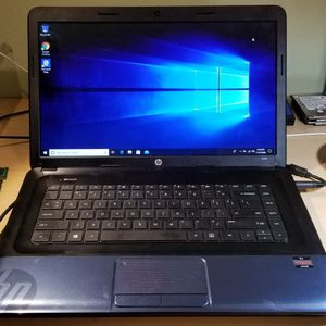 HP 2000 laptop Windows 10 for Sale in Orlando, FL