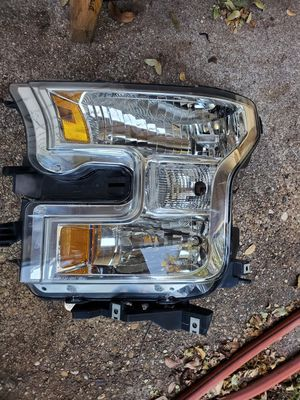 Front driver side head light for Sale in Dallas, TX