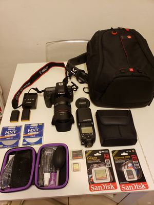 CANON 5D MARK IV for Sale in Hialeah, FL