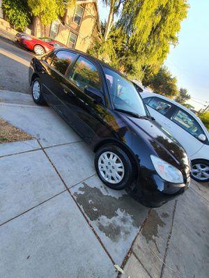 Honda Civic 2005 título salvage por vandalismo llantas nuevas todo trabaja trae heder y pipa por eso esta la luz del motor de at todo funciona perf for Sale in San Jose, CA