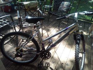 18 speed mongoose bike for Sale in Russellville, AL