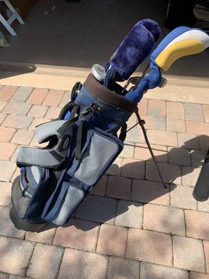 Golf bag with golf clubs for Sale in Pembroke Pines, FL