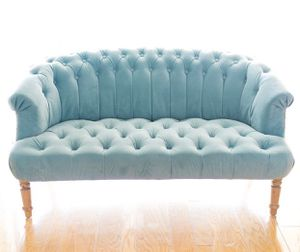 Baby blue loveseat for Sale in Coconut Creek, FL