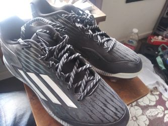 Adidas Medal Cleats S:11 for Sale in Madera, CA