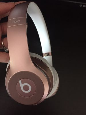 Beats solo 2 wireless for Sale in Brooks, OR