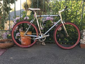 FELT BROUGHAM FIXIE BIKE - STUNNING CHROME MODEL - RARE - for Sale in Oakland, CA